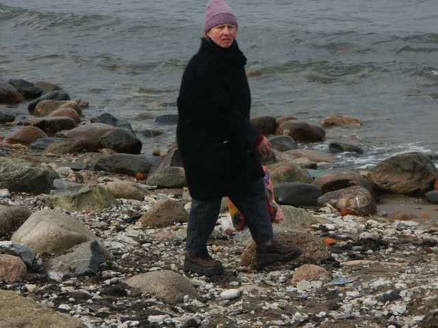 Sobiv müts rannas jalutamiseks