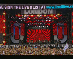 U2 live 8