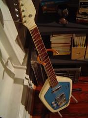 finster_guitar_front