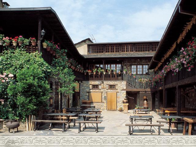 Hotel Moncloa de San Lzaro Cacabelos Espaa