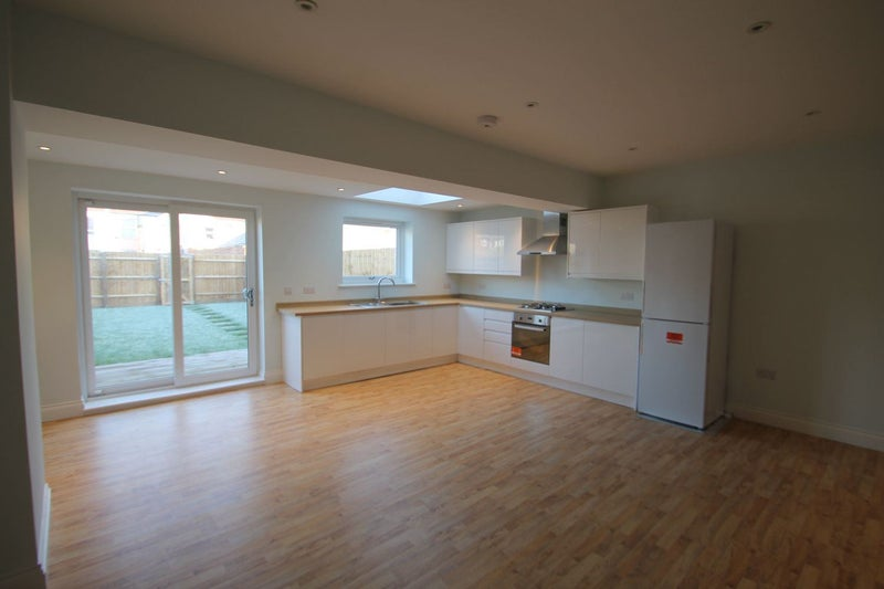 Avonmouth Spacious New Build 5 Beds House Shared  Room to Rent from SpareRoom