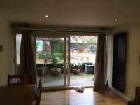 '2 Bedroom 2 Bathroom Whole Flat Ealing Common' Room to ...