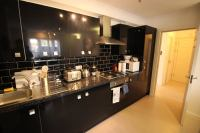'New Dbl Room+Living Room Canary Wharf/All Saints' Room to ...