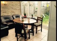 '2Double+living room+garden@ Canary wharf' Room to Rent ...