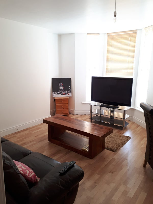 living room suites northern ireland leather chairs sale large double to let bangor rent from in a newly refurbished three bedroom two bathroom property with everything supplied brand new