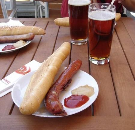 Salchicha y cerveza