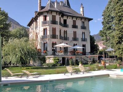 Hotel Villa Morelia Jausiers France Hotelsearch Com
