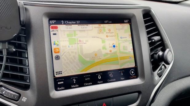 Maps in iOS 14 CarPlay
