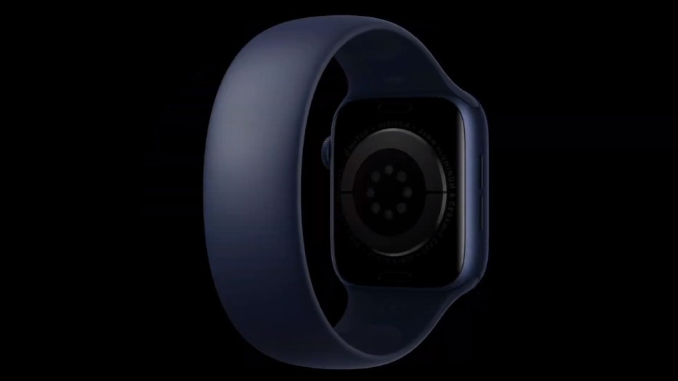 The Apple Watch Solo Loop is made of a single piece, stretchy silicone band