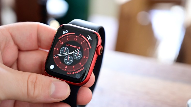 Apple Watch Series 6 and Solo Loop