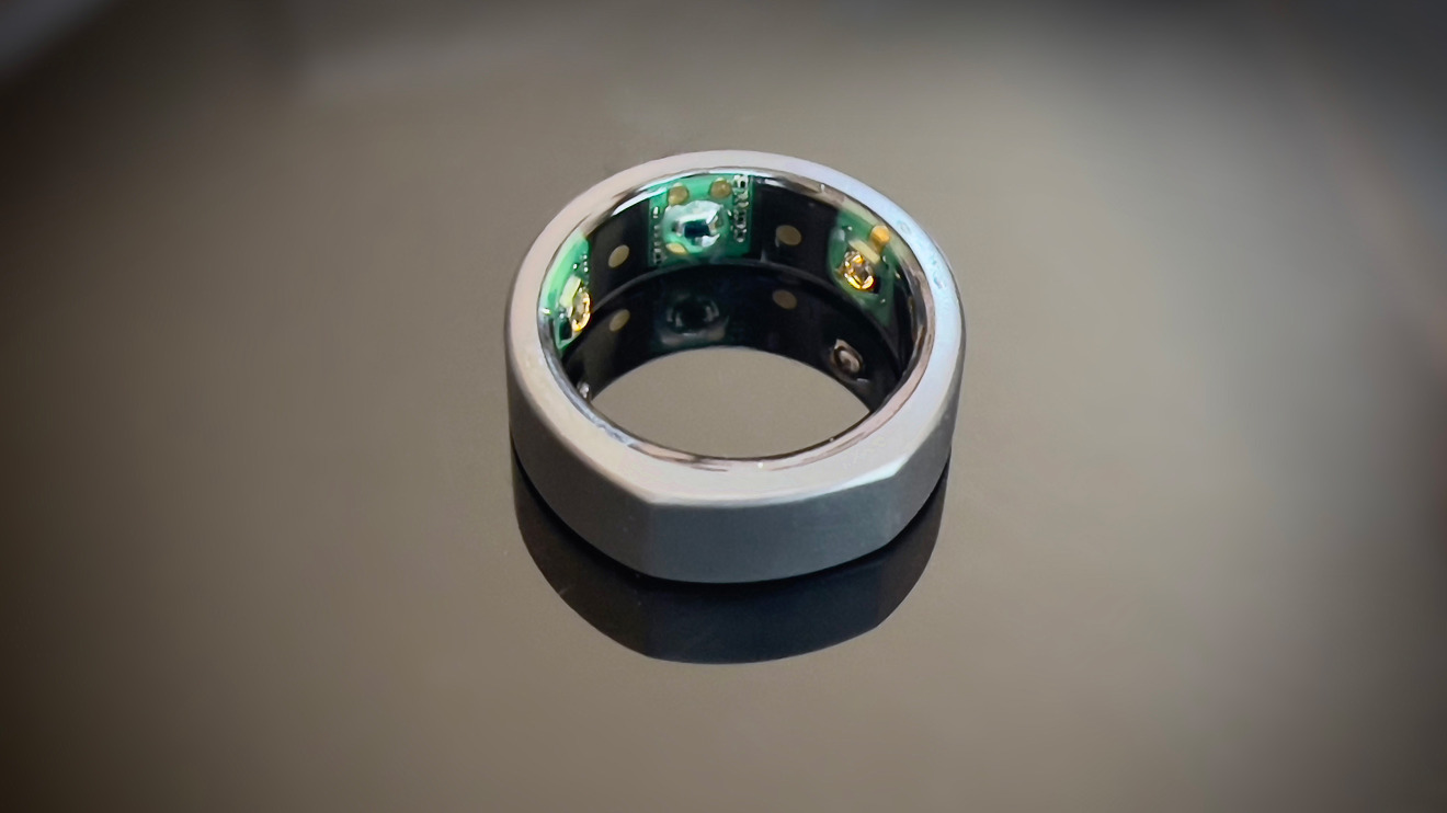 Oura Ring includes three categories of sensors
