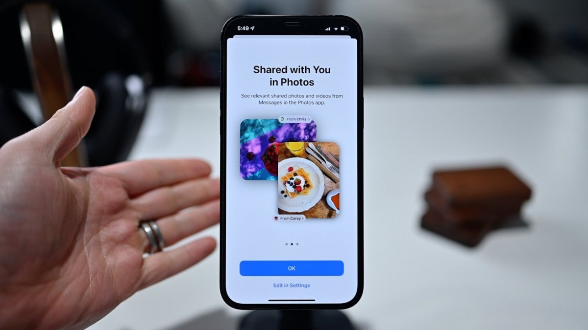 New changes afoot for Messages in iOS 15
