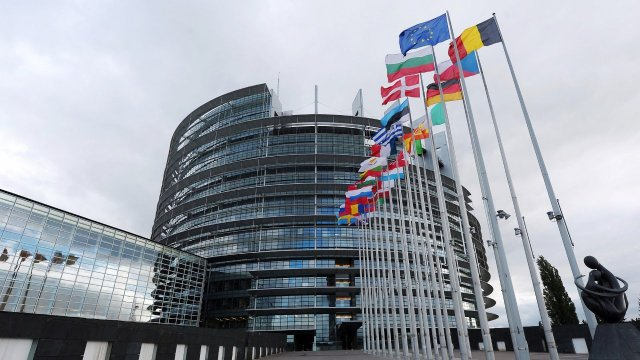 European Commission is expected to charge Apple over