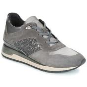 Xαμηλά Sneakers Geox D SHAHIRA
