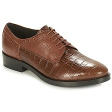 Smart shoes Geox DONNA BROGUE