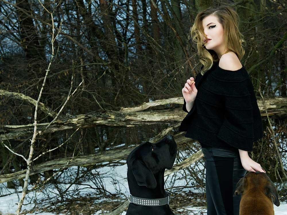 teresa kodolitsch, oliver dorfner, photography, portrait, vienna, dogs, boxer, dogger, fun, snow, winter