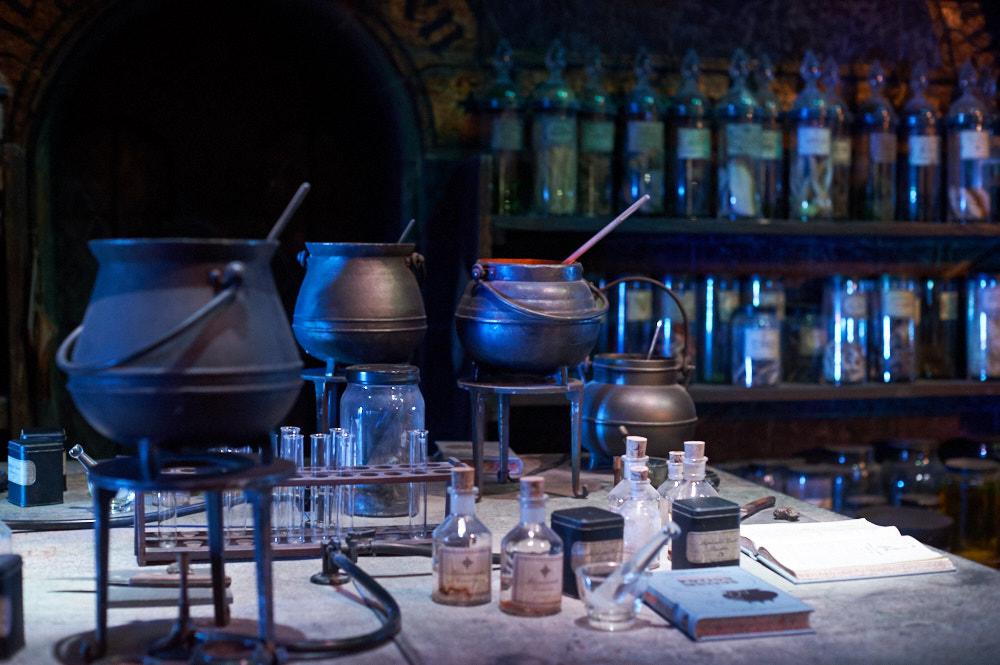 wb studios, harry potter, london, uk, movie, studio, setlife, art