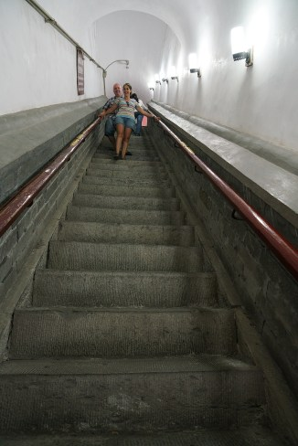 Bib, big stairs