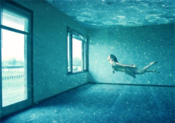 Swimming Pool Effects : Breathtaking underwater apartment photo manipulation