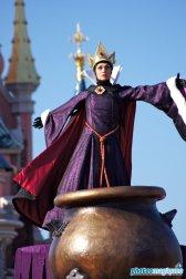 Evil Queen (2011)