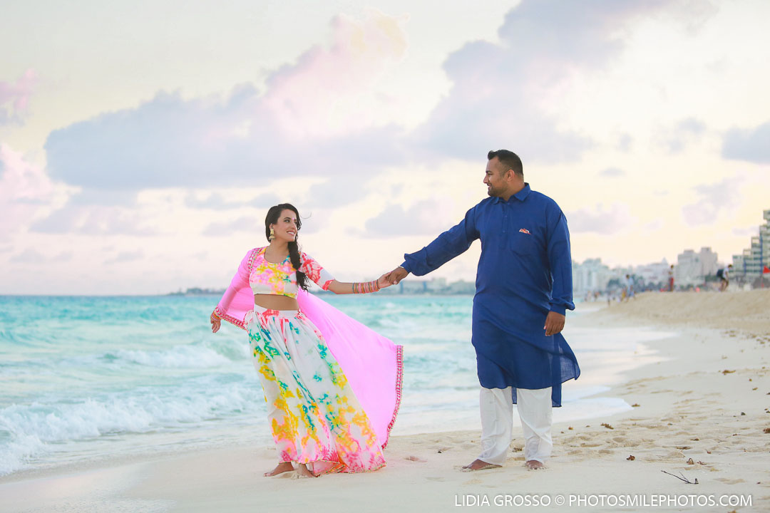 pre sikh wedding photos Cancun, indian couples portraits Cancun, Beach portraits Cancun