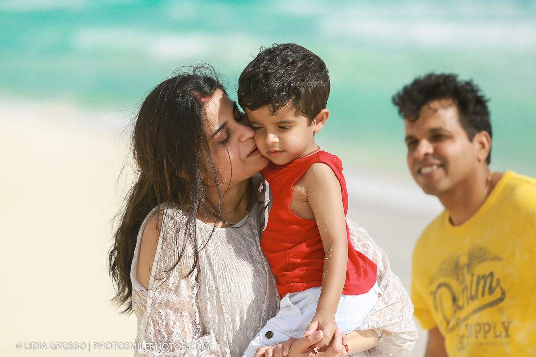Cancun and Riviera Maya family beach sessions, Indian family photographer Cancun, best family photographer Cancun