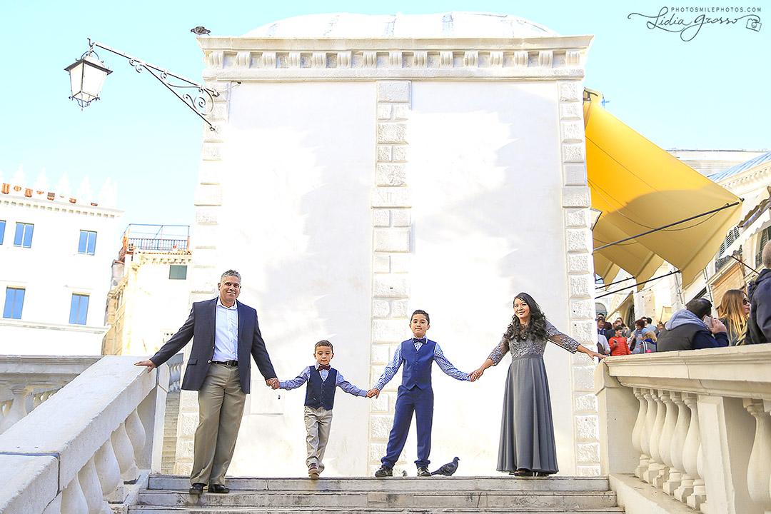 Farida-family-Venezia-006s.jpg