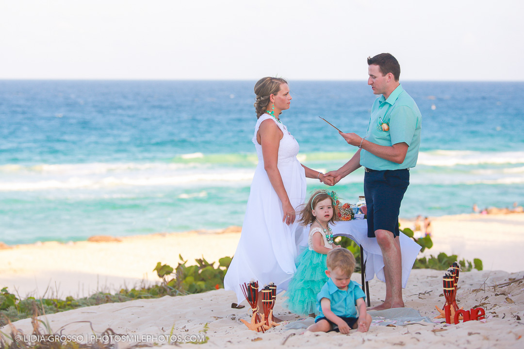 Beach-renewal-of-vows-Cancun-25-1.jpg