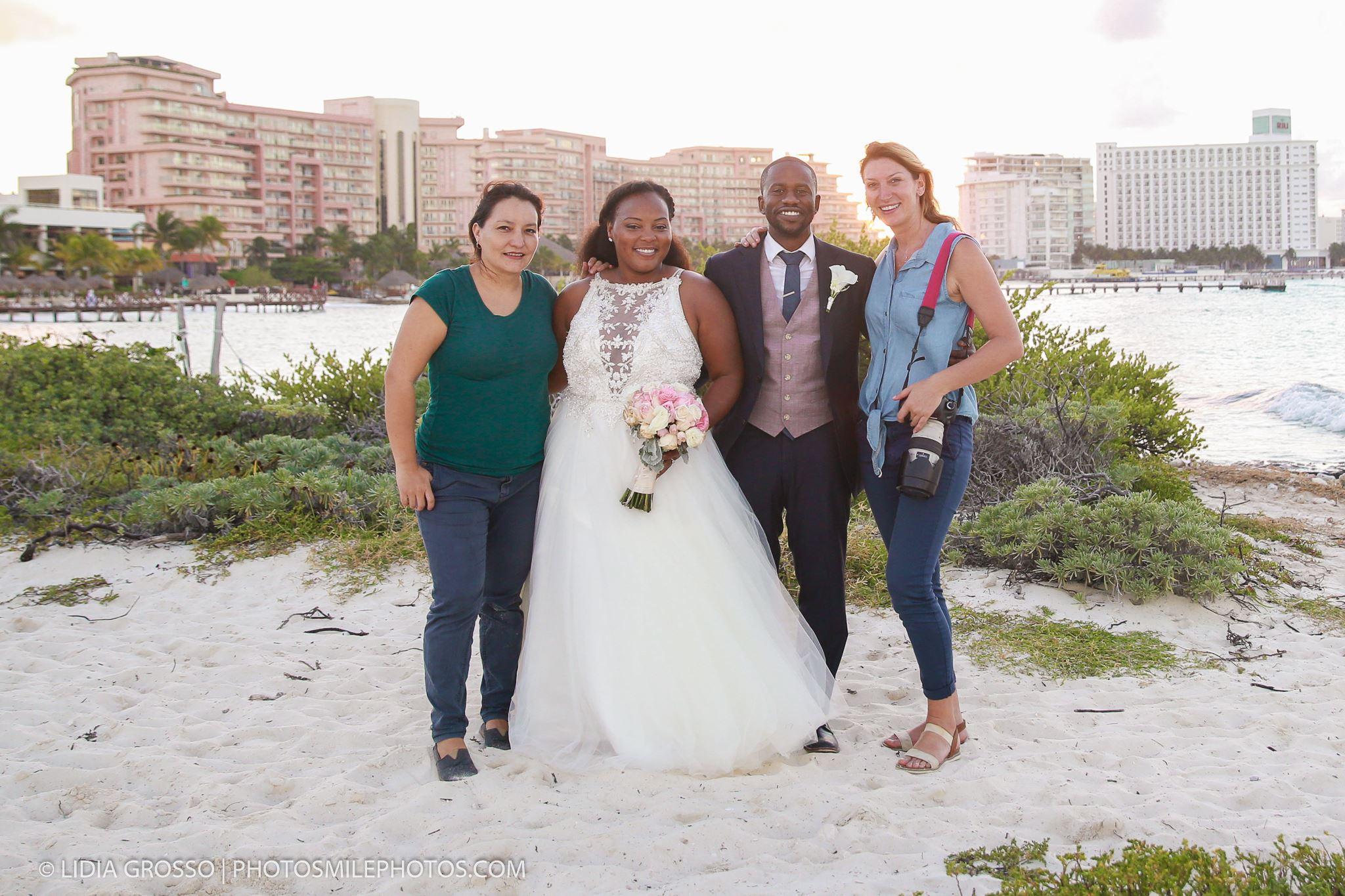 cancun wedding photos, a day after session photos, Hyatt Ziva Cancun wedding photographer, fotografo matrimoni, photosmile cancun team