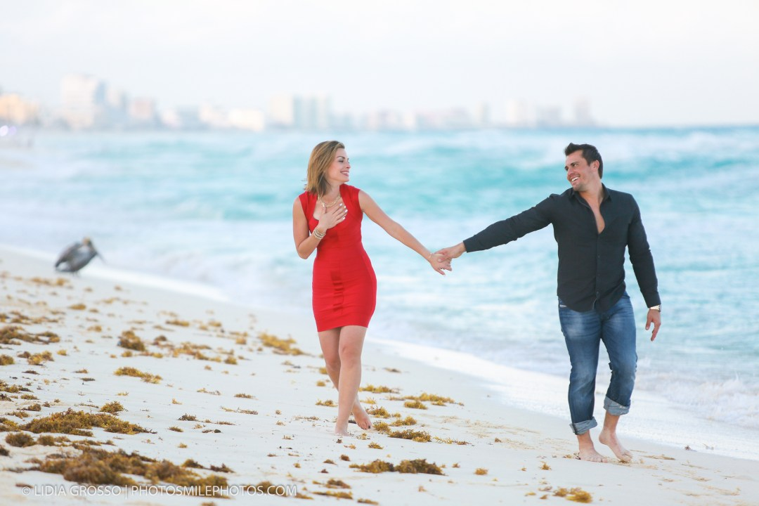 low-res-Nick-engagement-Cancun-134.jpg