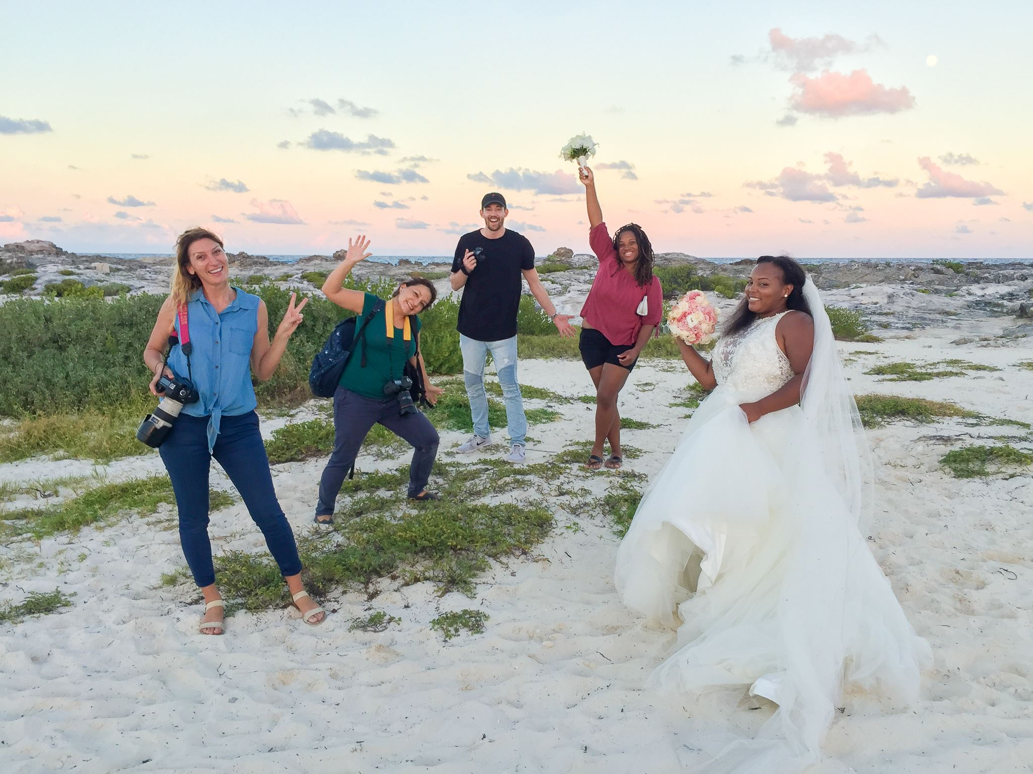 cancun wedding photos; a day after session photos; Hyatt Ziva Cancun wedding photographer; fotografo matrimoni; photosmile cancun team