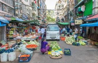 Marcché dans le vieux quartier de Yangon.