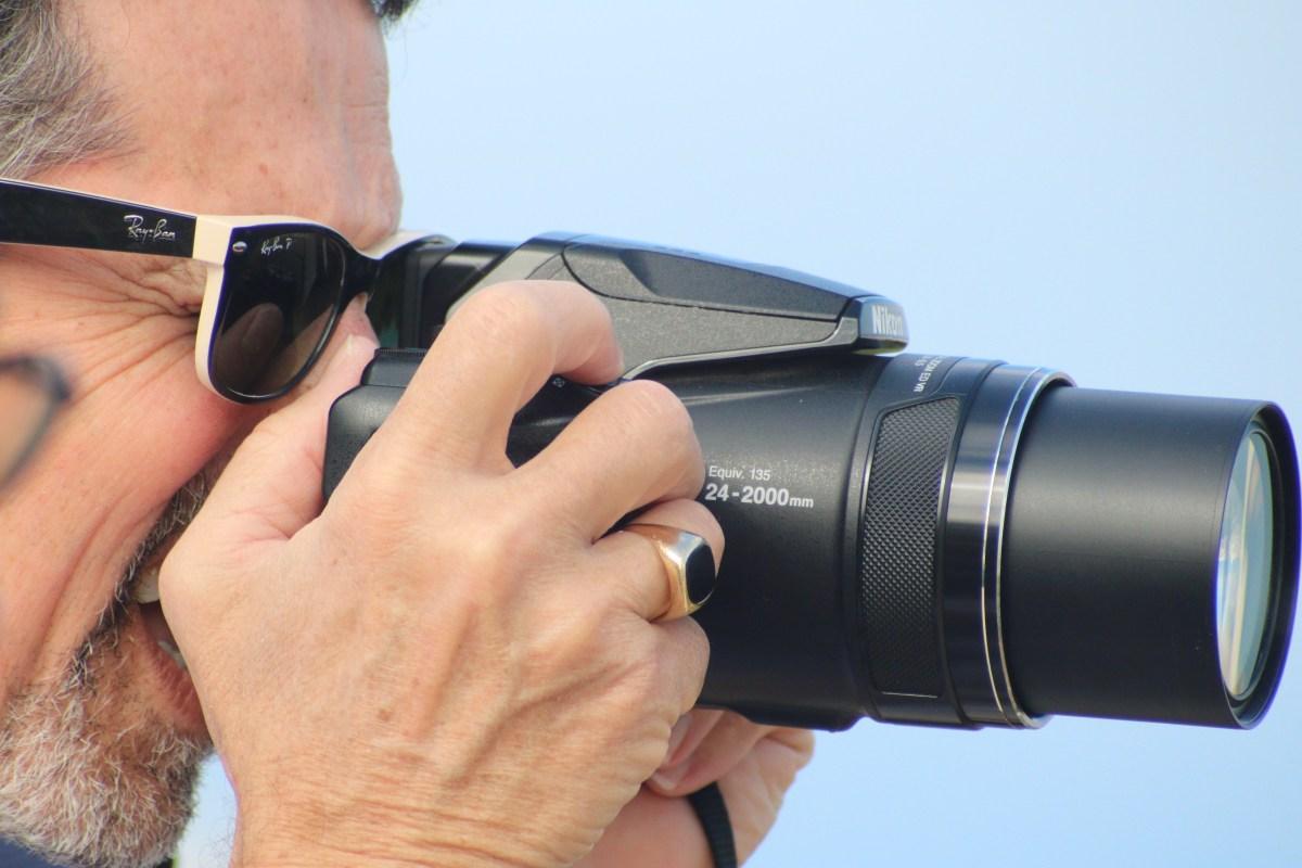 Nikon COOLPIX P900 Digital Camera with 83x Optical Zoom