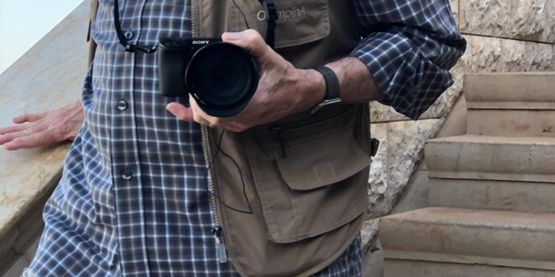 Sony APS-C cameras are increasingly popular among elderly travellers