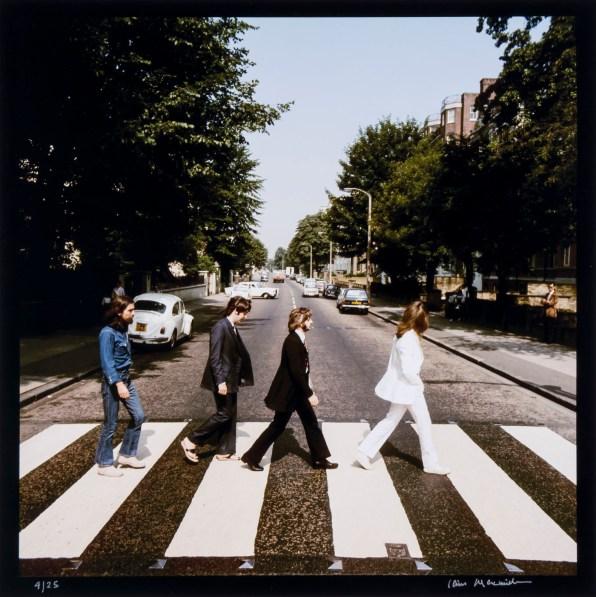 © Iain MacMillan, The Beatles, Photo 1 (Reproduction, © Bloomsbury Auctions)