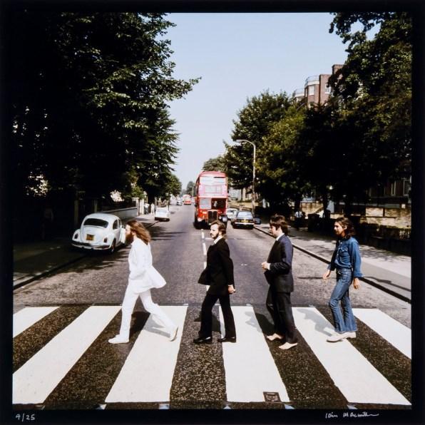 © Iain MacMillan, The Beatles, Photo 4 (Reproduction, © Bloomsbury Auctions)
