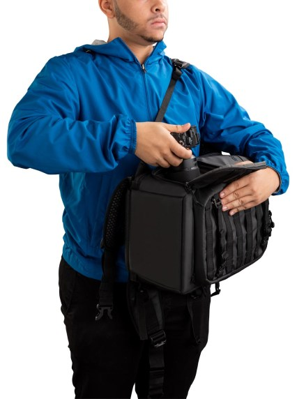 Axis 20L Backpack PT03 SideAccess