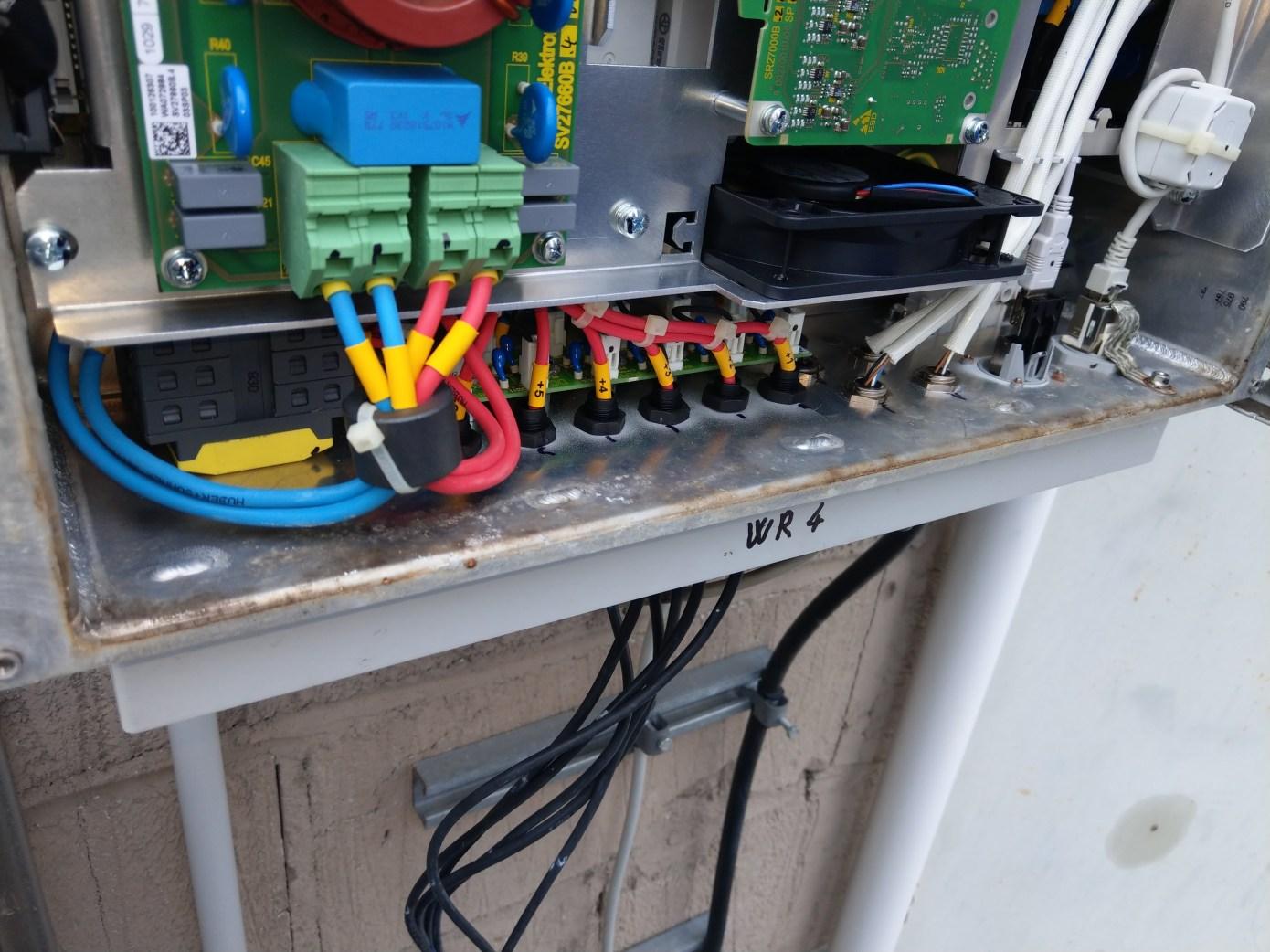 Lampertheim, Repowering (defekten Siemens SINVERT PVM 17 ersetzt durch Huawei SUN 2000-17 KTL)