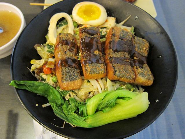高雄素食店-昱川全素食綜合燒烤@冷泉的憂鬱空間|PChome 個人新聞臺