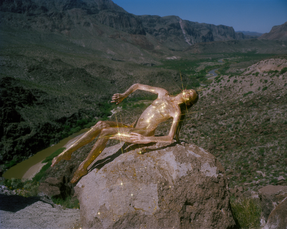 PHROOM magazine online exhibition space dedicated to contemporary fine art photography // interview