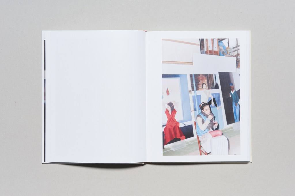 PHROOM magazine // international research platform and contemporary fine art photography and video art magazine // book review