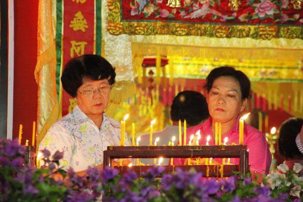 inside a Chinese shrine