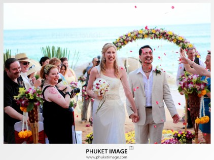 Romantic wedding videographer in Krabi , Thailand.