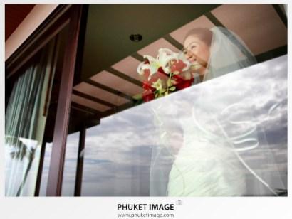 Krabi based wedding photographer