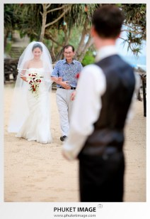 wedding photographer for your destination wedding in Krabi