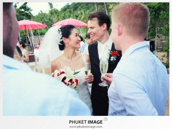 Phi Phi island marriage photographer and wedding cinematography