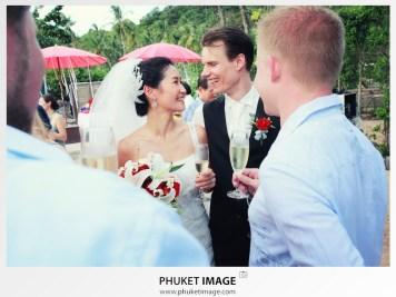 Phi Phi island marriage photographer and wedding cinematography