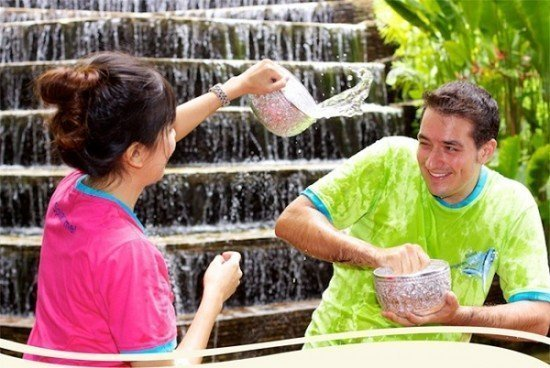 Dusit Thani Phuket celebrates Songkran