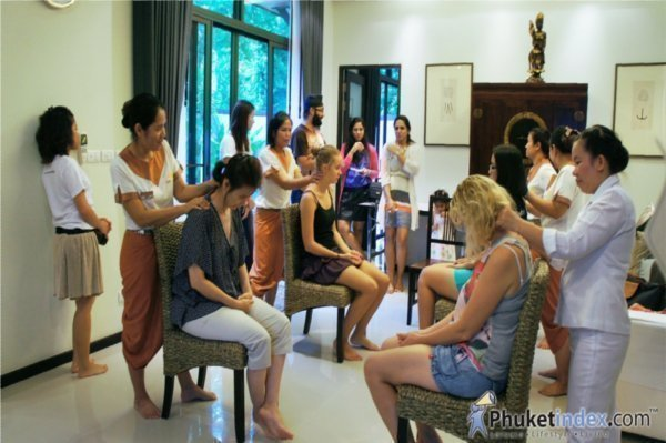 Phuket Attitude Club's Relaxing Mom Workshop