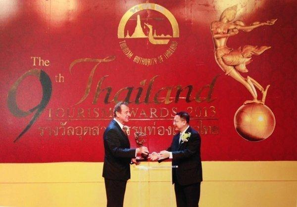 Dusit Thani Phuket wins Ginnaree Award